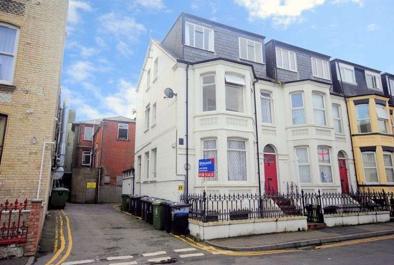 7 Bedrooms House for sale in Paget Road, Great Yarmouth NR30