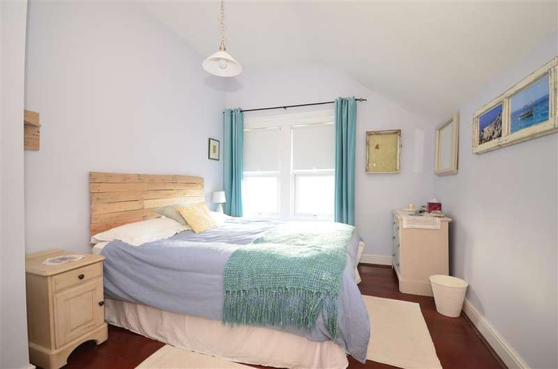 1 Bedroom Flat for sale in Mill Drove, Uckfield, East Sussex