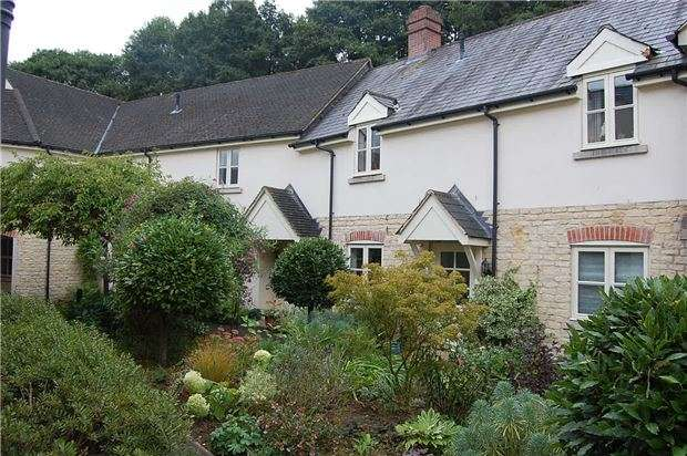1 Bedroom Property for sale in Inchbrook Way, Inchbrook, Stroud, Gloucestershire, GL5 5HQ