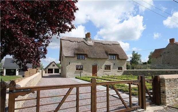 5 Bedrooms Cottage House for sale in The Rockies, Fencott, Kidlington, Oxfordshire