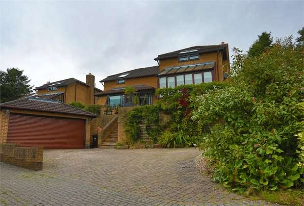 4 Bedrooms Detached House for sale in Heddon Banks, Heddon-on-the-Wall, Newcastle upon Tyne, Northumberland