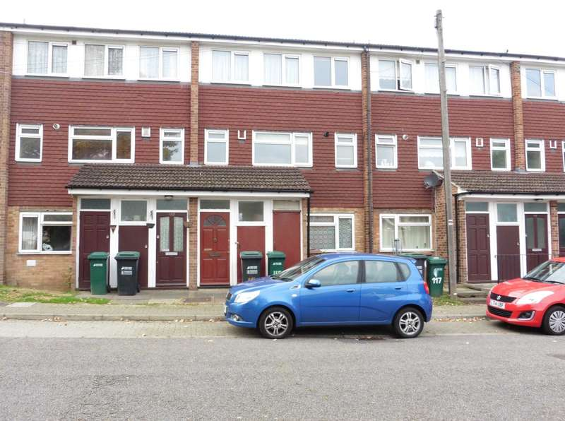 3 Bedrooms Maisonette Flat for sale in Highlands, Oxhey