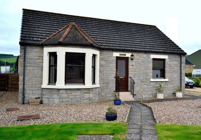 2 Bedrooms Bungalow for sale in 8 Tweedbank Ley, Innerleithen, EH44 6PE