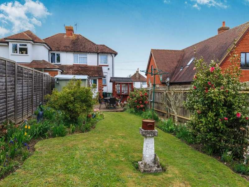 3 Bedrooms Semi Detached House for sale in Haste Hill Road, Boughton Monchelsea, Maidstone, ME17