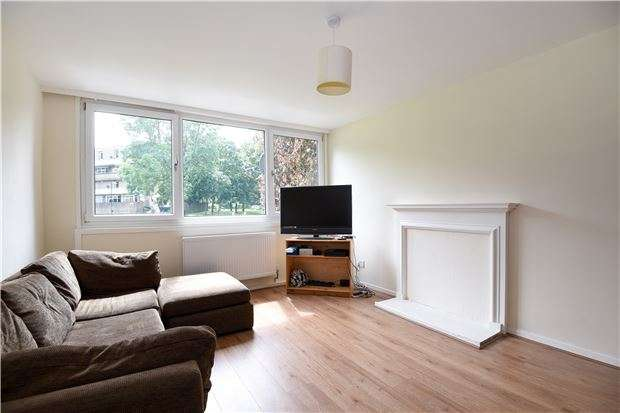 4 Bedrooms Terraced House for sale in Coburg Crescent, LONDON, SW2