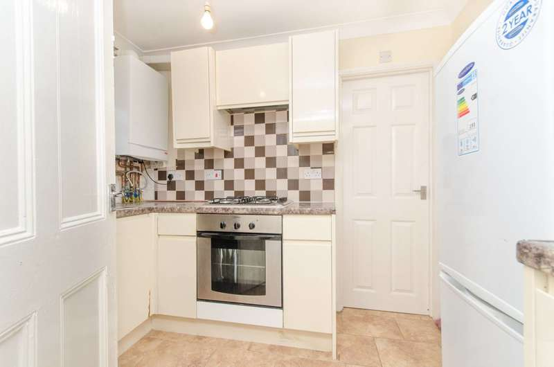 2 Bedrooms Flat for sale in High Road Leytonstone, Leytonstone, E11