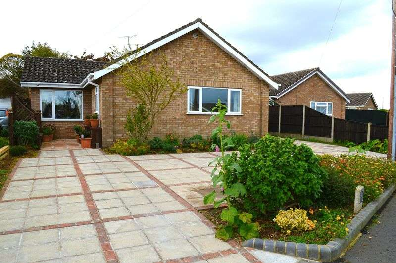 3 Bedrooms Detached Bungalow for sale in Beech Road, BRANSTON
