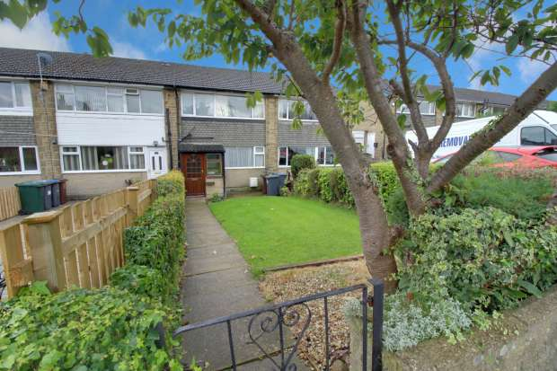 3 Bedrooms Terraced House for sale in Durlston Terrace, Bradford, West Yorkshire, BD12 9HQ