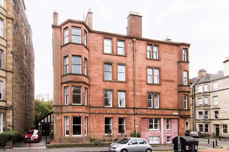 3 Bedrooms Flat for sale in 1F1, 33 Montpelier Park, Bruntsfield, Edinburgh, EH10 4LX