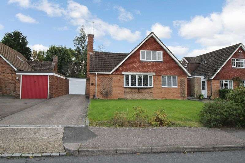 4 Bedrooms Detached House for sale in The Millbank, Crawley