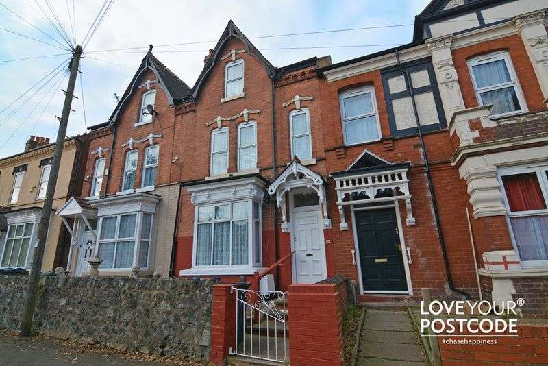 4 Bedrooms Terraced House for sale in Edgbaston Road, Smethwick B66 4LG