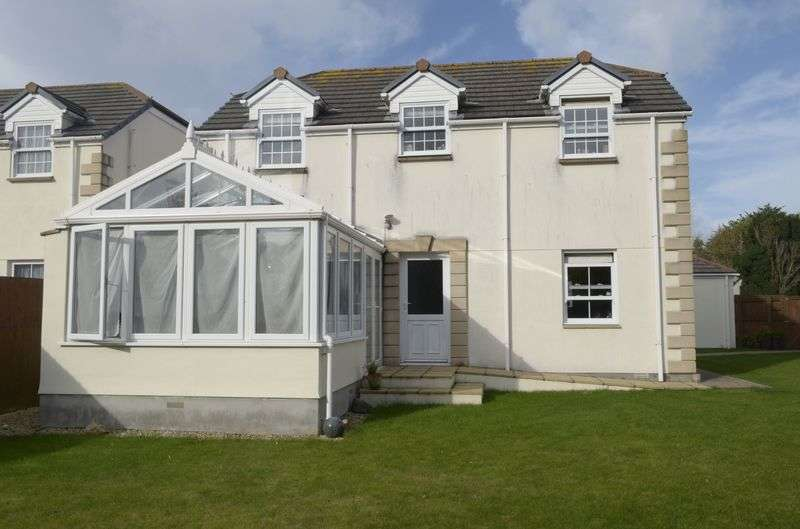 4 Bedrooms Detached House for sale in Penmare Court, Hayle
