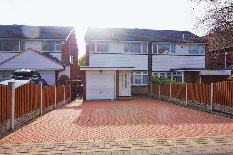 3 Bedrooms Semi Detached House for sale in Bunbury Road, Northfield