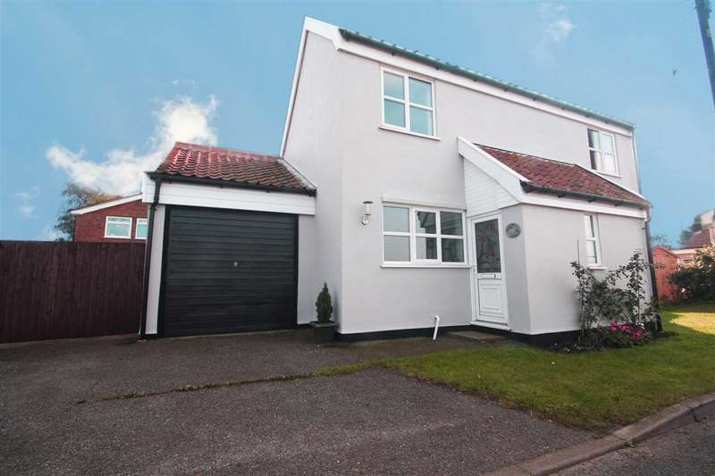 2 Bedrooms Detached House for sale in The Nook, Debenham Road, Crowfield