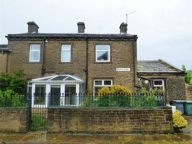 3 Bedrooms Semi Detached House for sale in South View, Thornton, Bradford, West Yorkshire