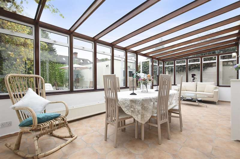 4 Bedrooms House for sale in First Avenue, London W3