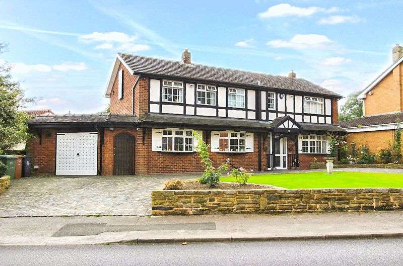4 Bedrooms Detached House for sale in Sanstone Road, Bloxwich Walsall