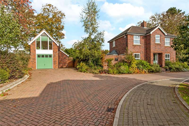 2 Bedrooms Detached House for sale in Hazel Grove, Bishops Waltham, Hampshire, SO32