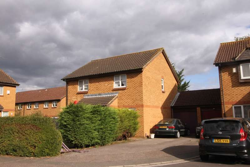 2 Bedrooms Semi Detached House for sale in Abbey Close, Hayes, Middlesex, UB3