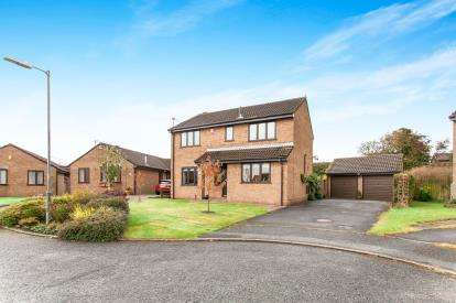 4 Bedrooms Detached House for sale in Churnet Close, Westhoughton, Bolton, Greater Manchester, BL5