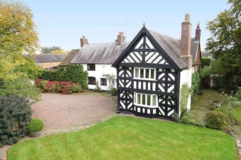 5 Bedrooms Detached House for sale in Bearstone, near Market Drayton Shropshire