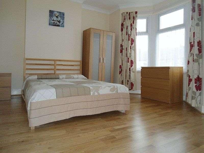 3 Bedrooms House for sale in Garret Lane, Tooting SW17