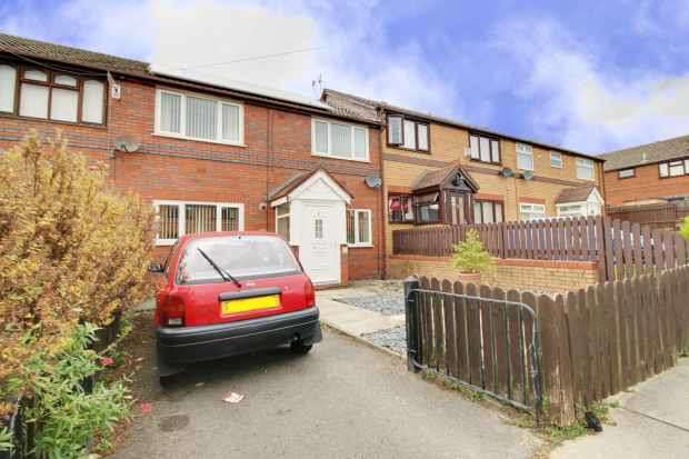 4 Bedrooms Terraced House for sale in Edgefield Close, Prenton, Merseyside, CH43 9JT