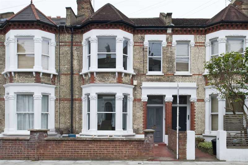 2 Bedrooms Flat for sale in Oaklands Grove, Shepherd's Bush