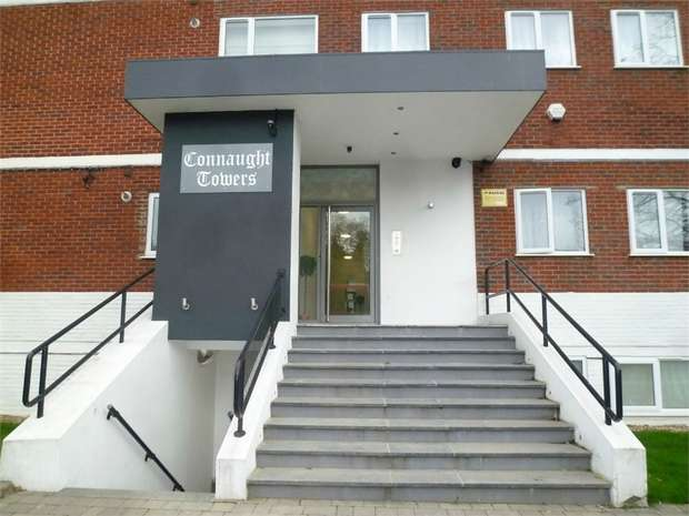 1 Bedroom Flat for sale in Connaught Towers, 682-684 London Road, Thornton Heath, Surrey