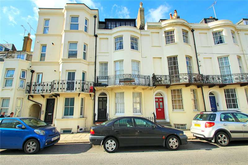 1 Bedroom Apartment Flat for sale in West Buildings, Worthing, West Sussex, BN11
