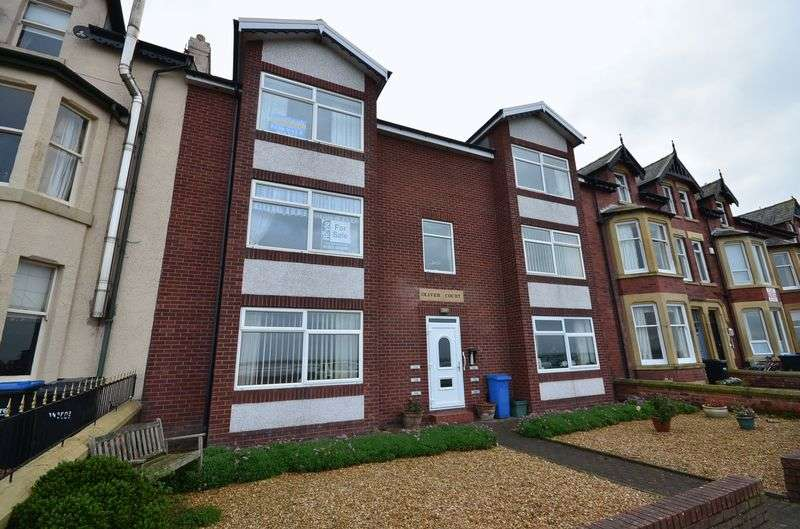 2 Bedrooms Flat for sale in 17B Oliver Court, Knott End-On-Sea.