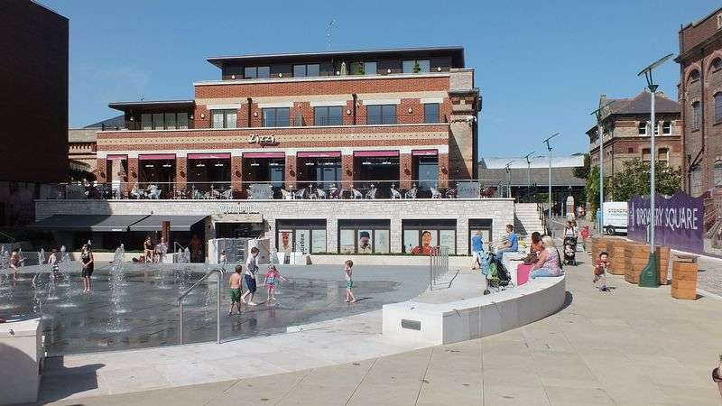 2 Bedrooms Flat for sale in BONDED STORES, BREWERY SQUARE