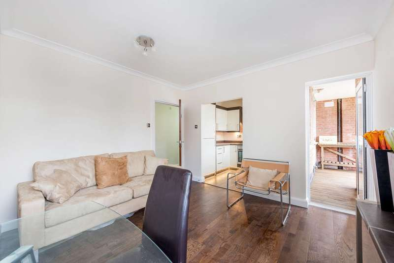 2 Bedrooms Flat for sale in Greystoke Court, Ealing, W5