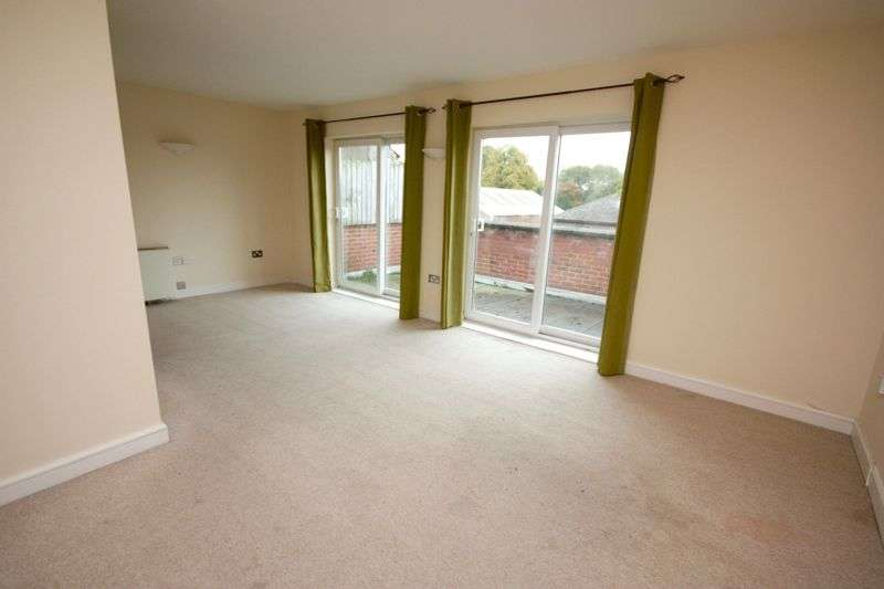 2 Bedrooms Flat for rent in Northbeck House Darlington