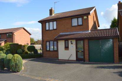 3 Bedrooms Detached House for sale in Oaklands Close, Hill Ridware, Rugeley