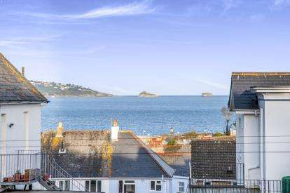 3 Bedrooms Flat for sale in Cleveland Road, Paignton