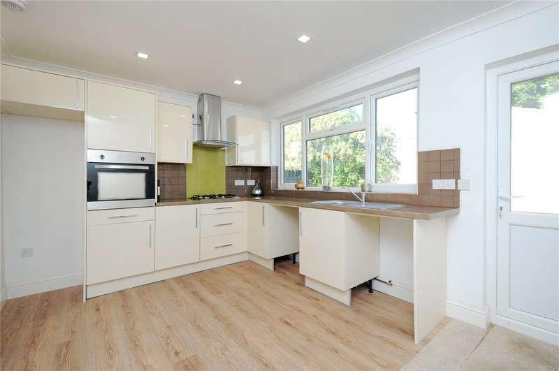 4 Bedrooms Semi Detached House for sale in Weald Lane, Harrow, Middlesex, HA3