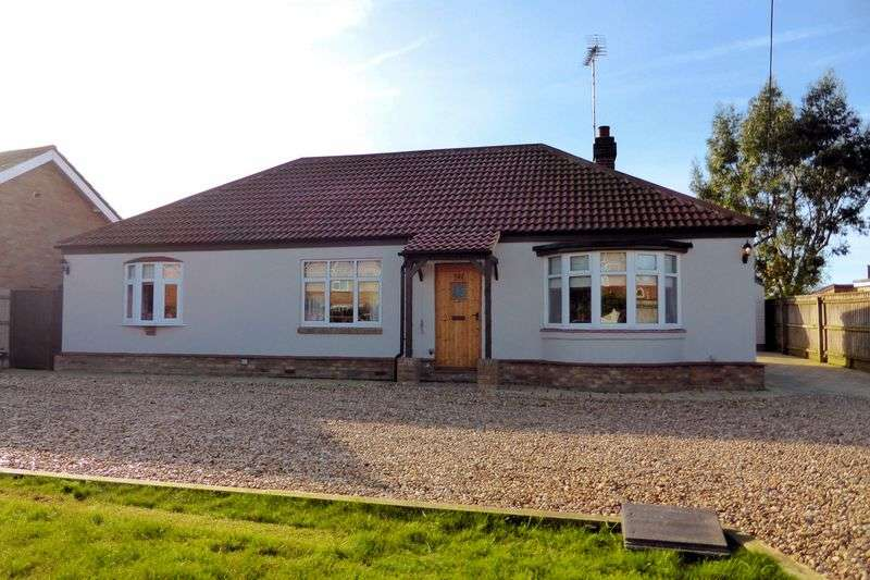 3 Bedrooms Detached Bungalow for sale in Gorefield Road, Leverington, Cambridgeshire