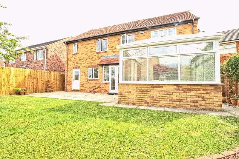 4 Bedrooms Detached House for sale in Nevern Crescent,Ingleby Barwick