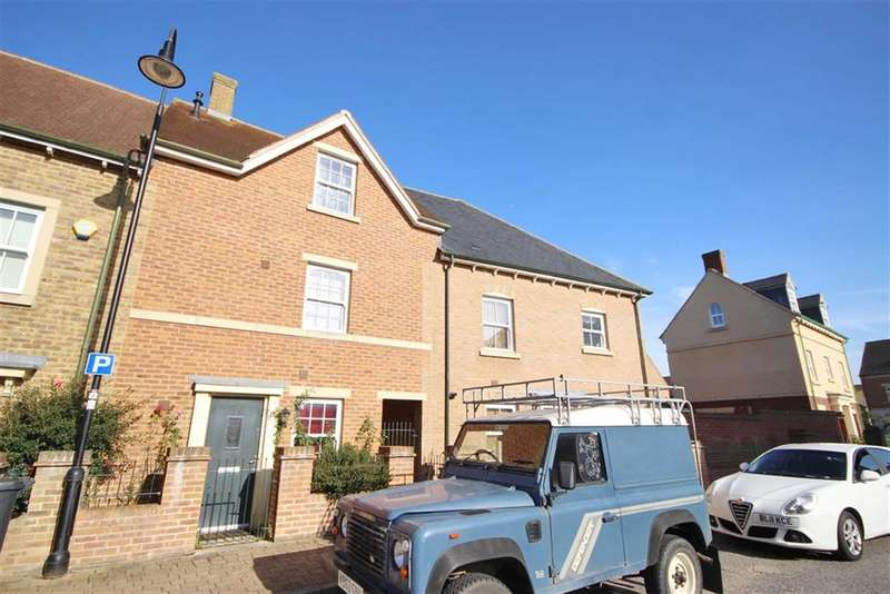 3 Bedrooms Property for sale in Ravensdale, East Wichel, Swindon