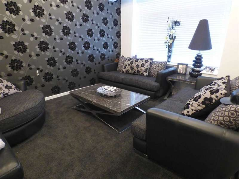 3 Bedrooms Property for sale in Keble Avenue, Coppice, OLDHAM, Lancashire, OL8