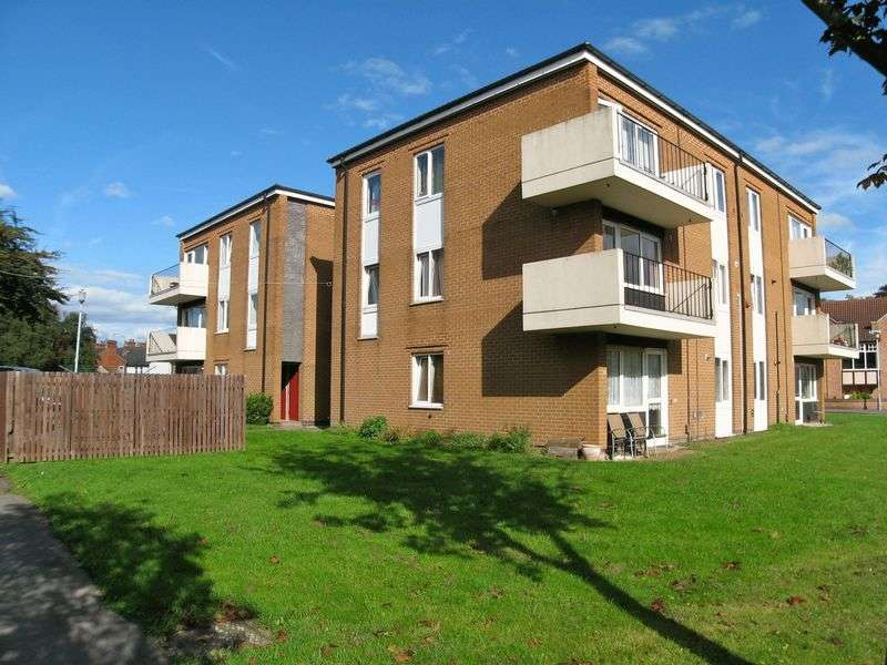 2 Bedrooms Flat for sale in Talbot Court, Radcliffe-on-Trent