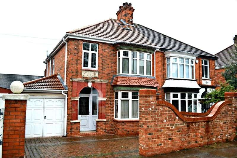 3 Bedrooms Semi Detached House for sale in Princes Road, Cleethorpes