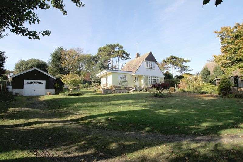 3 Bedrooms Detached House for sale in Kingsdown