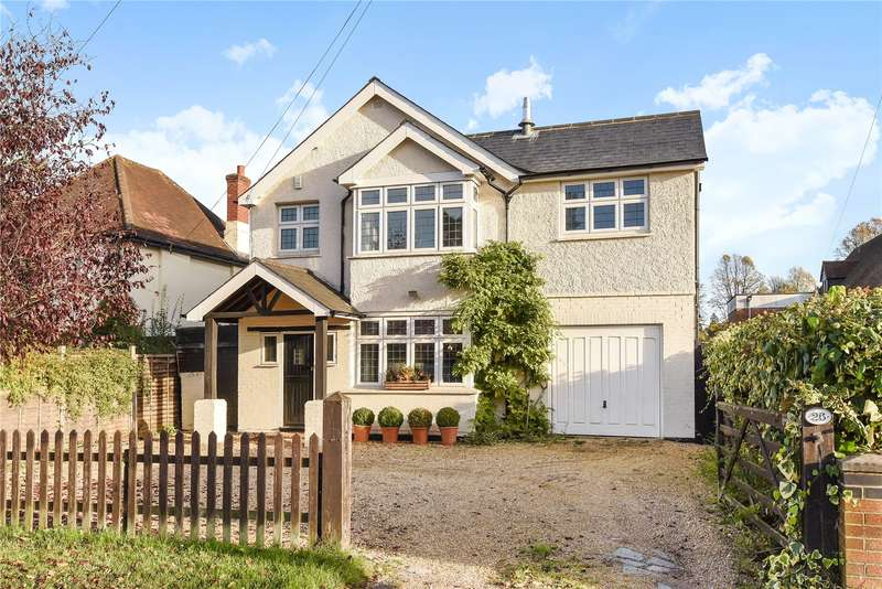 5 Bedrooms Detached House for sale in Park Road, Camberley, Surrey, GU15