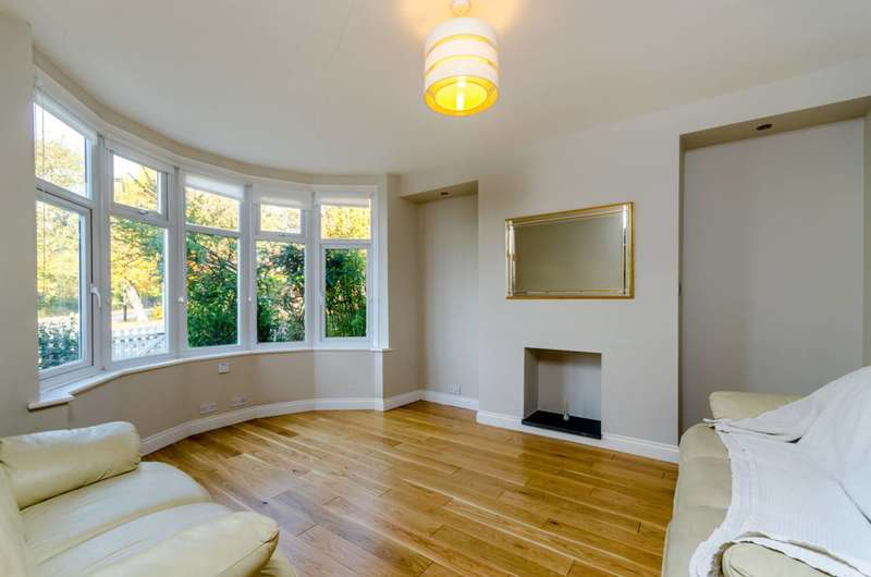 3 Bedrooms House for sale in Grange Road, Upper Norwood, SE25