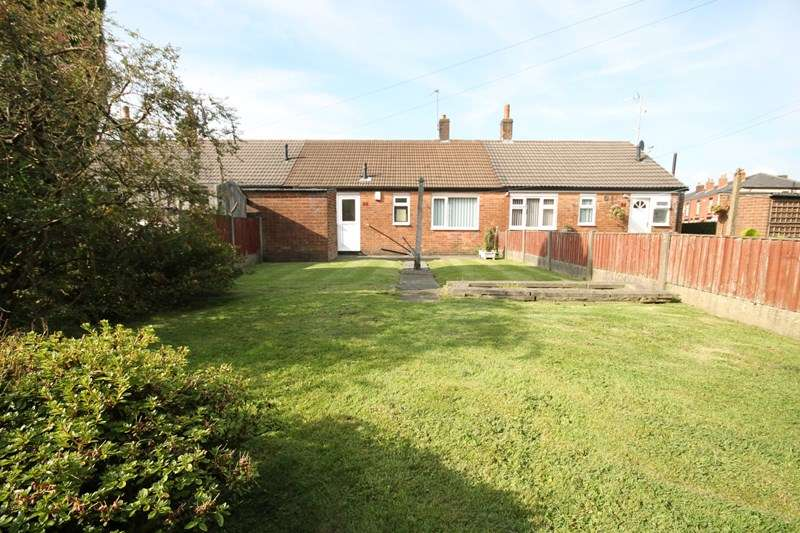 2 Bedrooms Bungalow for sale in Campbell Street, Farnworth, Bolton, Lancashire.