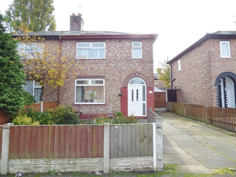 3 Bedrooms Semi Detached House for sale in Budworth Avenue, Warrington