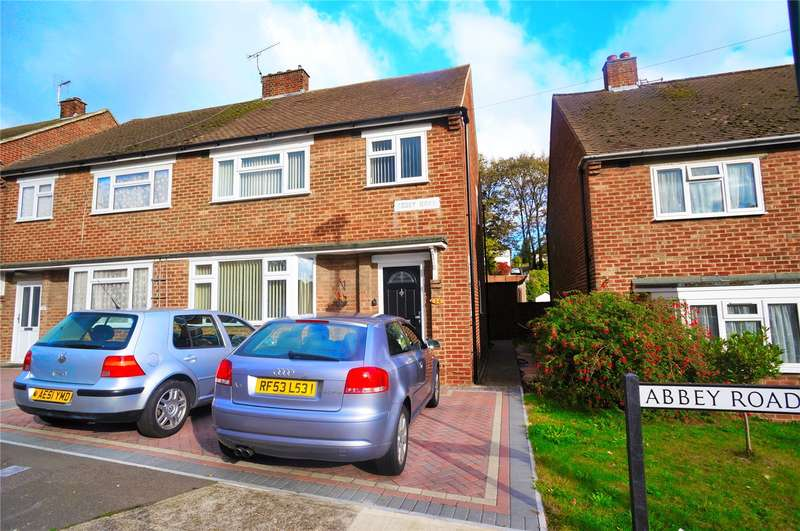 3 Bedrooms Semi Detached House for sale in Abbey Road, Rochester, Kent, ME2