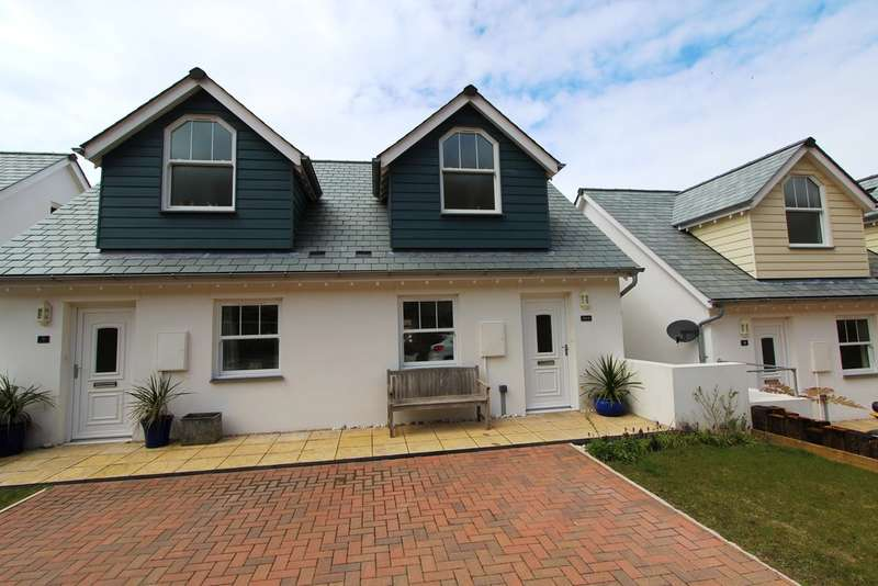 3 Bedrooms Semi Detached House for sale in Trerose Coombe, Downderry